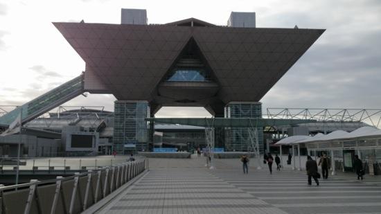朝の東京ビッグサイトです。