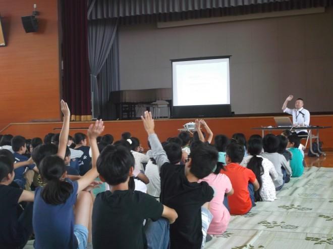 6月7日 吉川小PTA講演会4